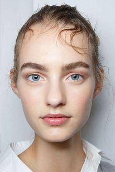 Sportmax ss15 beauty look   natural makeup, Maartje Verhoef