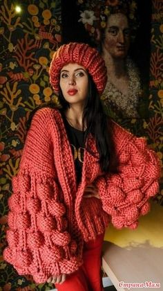 Strawberry Weave Model Making, # ahududuyelek examples # bubblegumode . Fall Fashion Outfits, Knit Fashion, Sweater Fashion, Diy Clothes, Clothes For Women, Creative Knitting, Big Knits, Mohair Sweater, Knitted Gloves