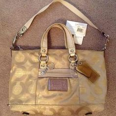 Authentic Coach Poppy Gold 2in1 Style Satchel bag Coach Poppy Goldmine Satchel / Shoulder bag.Preowned & very good condition.No stains,no rips.I store all my bags in dust bags.Color:Gold & Brown interior.✅Offers Coach Bags Satchels