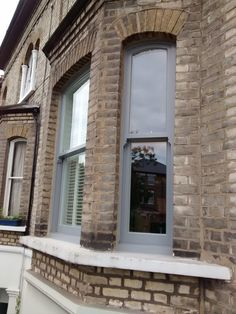 67 New ideas house exterior grey victorian terrace Window Color, Bay Window Exterior, Grey Windows, Windows, House Front, Windows Exterior, Wooden Window Frames, Terrace House Exterior, House Paint Exterior