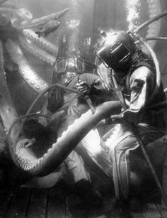 Giant killer squid vs. John Wayne and Ray Milland in Reap the Wild Wind #Tentacles