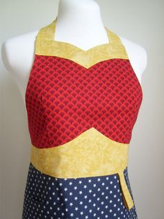 Super Hero Apron The WONDER MOM Original Woman's Full Apron (not a pattern, but I like it)