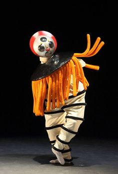"Diver, dancer: Nicholas Losada, ""The Triadic Ballet"" by Gerhard Bohner… Theatre Costumes, Cool Costumes, Vintage Costumes, Dada Art Movement, Matisse, Japanese Monster Movies, Tribal Images, Bowie, Plakat Design"