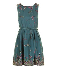 Be a vintage vixen in this dreamy delight of a dress. Boasting a nostalgic silhouette with a whimsical butterfly print and a sleek belted waist, this feminine frock delivers a darling dose of romantic retro flair. Includes dress and belt100% polyesterMachine wash; hang dryImported...