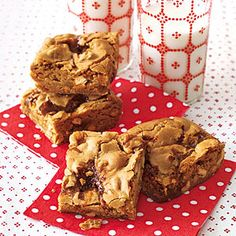 Caramel-Pretzel Blondies | MyRecipes.com
