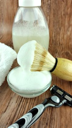 Looking to start using more natural personal care products? Well, I have a DIY shaving cream for you to try. It is super easy, pretty cheap and works really