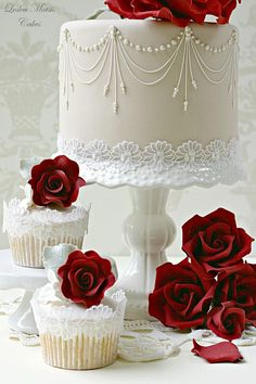 Wedding cake or cupcakes