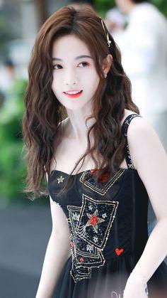 Beautiful Japanese Girl, Beautiful Asian Women, Korean Beauty, Asian Beauty, Cute Girls, Cool Girl, Ulzzang Korean Girl, Stylish Girl Images, Girls Image