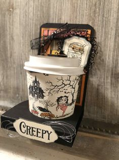Halloween Mini Coffee Cup Treat holder – Stamp Around The Corner Halloween Treat Holders, Halloween Treats, Halloween Fun, Mini Coffee Cups, Coffee Cup Holder, Christmas Holiday, Holiday Crafts, Coffee Cup Crafts, Sweet Box