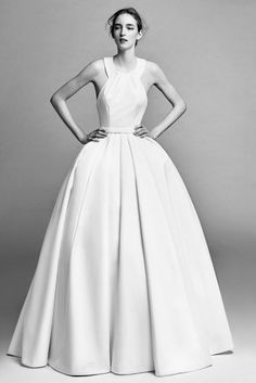 Viktor & Rolf Autumn/Winter 2017 Bridal Collection - click through to see the collection in full