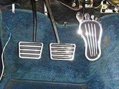 Not only would a lot of people not remember this gas pedal...but they wouldn't know what the pedal on the far left is for...ahh, three on the tree!