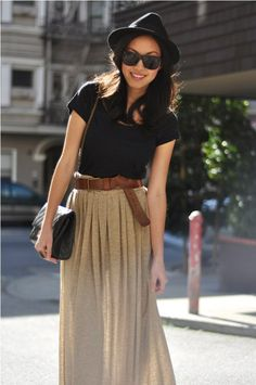 cute nude maxi skirt with some pleats, navy preppy top