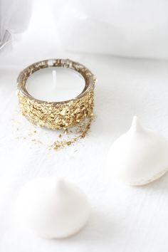 Gold leaf tea candle