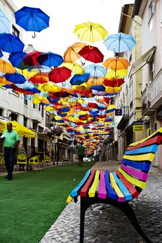 Colourful street in Agueda, Portugal Parasols, Umbrellas, Urbane Kunst, Public Realm, Expositions, Outdoor Art, Outdoor Lounge, Public Art, Community Art