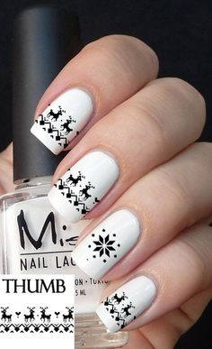 2013 Christmas Sweater Nails