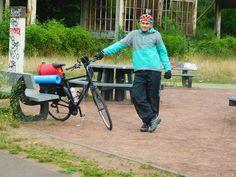 Un oradean strabate 3400 de km, prin Europa, pe bicicleta, pentru a reda zambetele celor in nevoie
