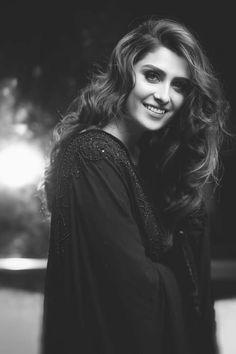 Ayeza Khan, Mahira Khan, Pakistani Models, Pakistani Actress, Pakistani Dramas, Beautiful Celebrities, Beautiful Actresses, Indian Actresses, Actors & Actresses