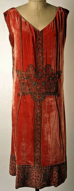 Evening dress in silk with beads & metallic thread embroidery, 1924 | Flickr - Photo Sharing!