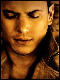 Perseus (Wentworth Miller) Because of course. Michael Scofield, Hot Actors, Actors & Actresses, Prison Break 3, Lincoln Burrows, Wentworth Miller Prison Break, Leonard Snart, Dominic Purcell, Sarah Wayne Callies