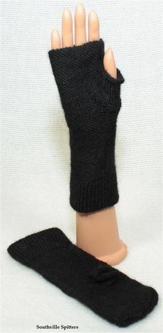 Hand Knit Alpaca Fingerless Gloves in Black by SouthvilleSpitters on Etsy