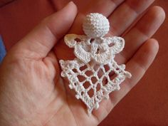 Mini angel, no pattern Crochet Santa, Crochet Angels, Crochet Cross, Crochet Round, Crochet Chart, Thread Crochet, Crochet Christmas Ornaments, Crochet Snowflakes, Christmas Angels
