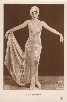 OLIVE BORDEN 1920s Flapper Photo Postcard