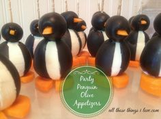 How-to: Cute Olive Party Penguins Appetizer! of July Picnic? Appetizers For Party, Appetizer Recipes, Snack Recipes, Snacks, Best Party Food, Party Food And Drinks, Cute Food, Good Food, Yummy Food