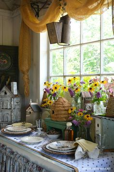 honey bee kitchen decor | Bee A Decorator | Bumblebee kitchen ...