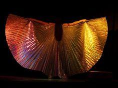 Asyut - Danza oriental con alas de isis - Atenea Open Stage - 2012. Su primera actuación en solitario.