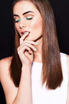 6 gorgeous ways to wear bright, colorful makeup