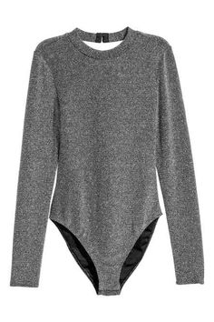 Bodysuit in soft airy jersey with glittery threads. Small stand-up collar long sleeves and a cut-out section at back. Two pairs of hook-and-eye fasteners at back of neck and snap fasteners at gusset. H&m Fashion, Fashion Outfits, Sunday Outfits, Pullover Shirt, Ankara Tops, Classic Suit, Neue Outfits, Body Suit Outfits, Bodysuit Fashion