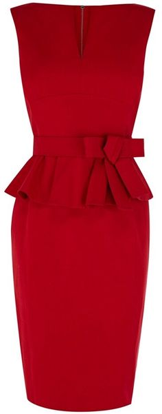 Karen Millen Red Signature Cotton Peplum Dress - because who doesn't need a killer red dress? Karen Millen, Pretty Dresses, Beautiful Dresses, Mode Shoes, Work Attire, Mode Style, Passion For Fashion, Dress To Impress, Dress Up
