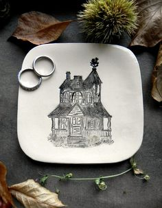 Haunted House Ceramic Plate Black and White Building by Ceraminic What a great gift! #halloween #etsy #spsteam #handmade #october #spookygift