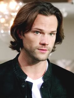 Sam Winchester (Jared Padelecki) as Hamlet because they're both a bit crazy