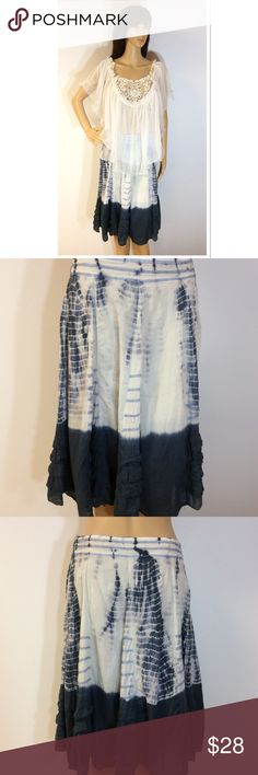 ADORABLE TYE DIE COTTON SKIRT Super cute boho tye dye skirt in blue and white with side zip entry and fully lined Papillion Skirts Midi