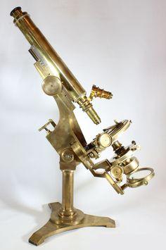 Bulloch Professional Microscope