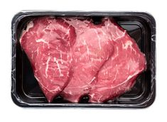 Allow your steak to come up to room temperature before cooking it. 17 Unwritten Rules Of Cooking That Every Veteran Home Chef Knows How To Make Hamburgers, How To Cook Steak, How To Cook Pasta, Types Of Cooking Oil, Cooking Tools, Making Mashed Potatoes, Buzzfeed Tasty, Veggie Stock, Cooking For Beginners