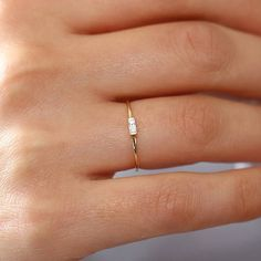 Baguette Ring / 14k Solid Gold Baguette Diamond Engagement