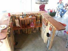 Backyard Pallet Western Themed Bar DIY Pallet Bars
