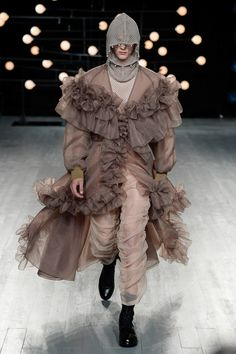 Blindness Spring 2019 Menswear Fashion Show Collection: See the complete Blindness Spring 2019 Menswear collection. Look 1 Couture Fashion, Runway Fashion, Fashion News, Mens Fashion, Fashion Styles, London Fashion Week Mens, Unique Fashion, Fashion Design, Fashion Show Collection