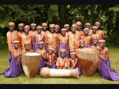 ▶ Betelehemu - African Children's Choir - YouTube ( Melodic ostinato and great harmony/textures )