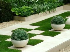 Modern Landscaped Garden #Landscape_Design_Ideas #Landscape_Design_Ideas #Rose_Garden_Ideas_DIY #Garden_Hacks #Garden_Tips