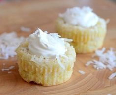 Impossible Coconut Custard Pie Cupcakes #pieday