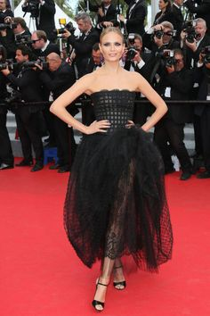 We look back at some of Oscar de la Renta's most exquisitely glamorous designs to hit the red carpet in the last year.