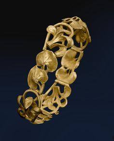 Gold Bracelet - 1900. ALBION ART Collection.