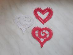 とろっちさんがハートを赤い糸で編んできてくれました。とてもラブリーに編めましたね。ステキです(^^)022/023/20170206