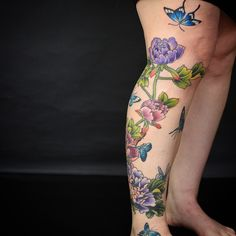 Gemma's leg seems to be growing like peonies in spring. Popping up all over the place  @goodtimestattoo  still a little more details to add next time