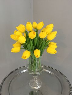 Faux Flower Arrangements, Yellow Tulips, Faux Flowers, Glass Vase, Centerpieces, My Etsy Shop, Baby Shower, Crafts, Fake Flowers