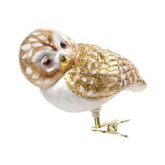 love this sweet gold & white owl ornament, how cute would his little glittered face be peeking out from among pine branches on the Christmas tree?