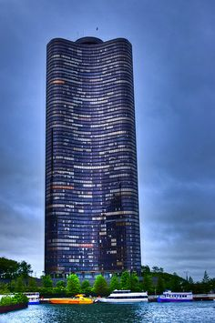 Lake Point Tower | Chicago, IL